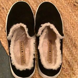 Lucky brand fluffy shoes